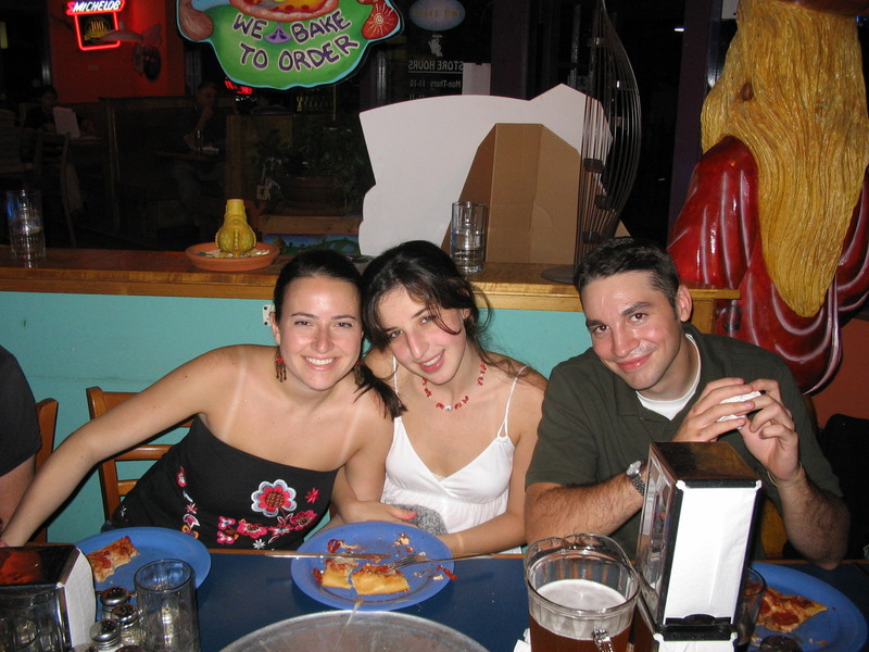 Megan_natia_joe_at_dinner_2